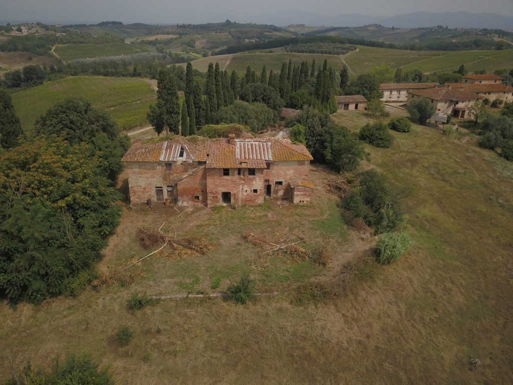 Acquired Villa di Petriolo, on the hills of Cerreto Guidi